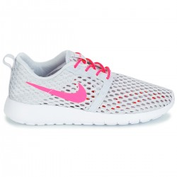 Roshe One Flight Weight Junior