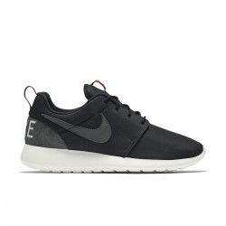 Roshe One Retro