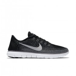Running Nike Free RN Distance